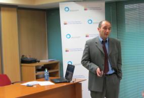 """Vídeo-resumen de la conferencia """"La Comunicación Empresarial en entornos de Crisis Económica"""""""